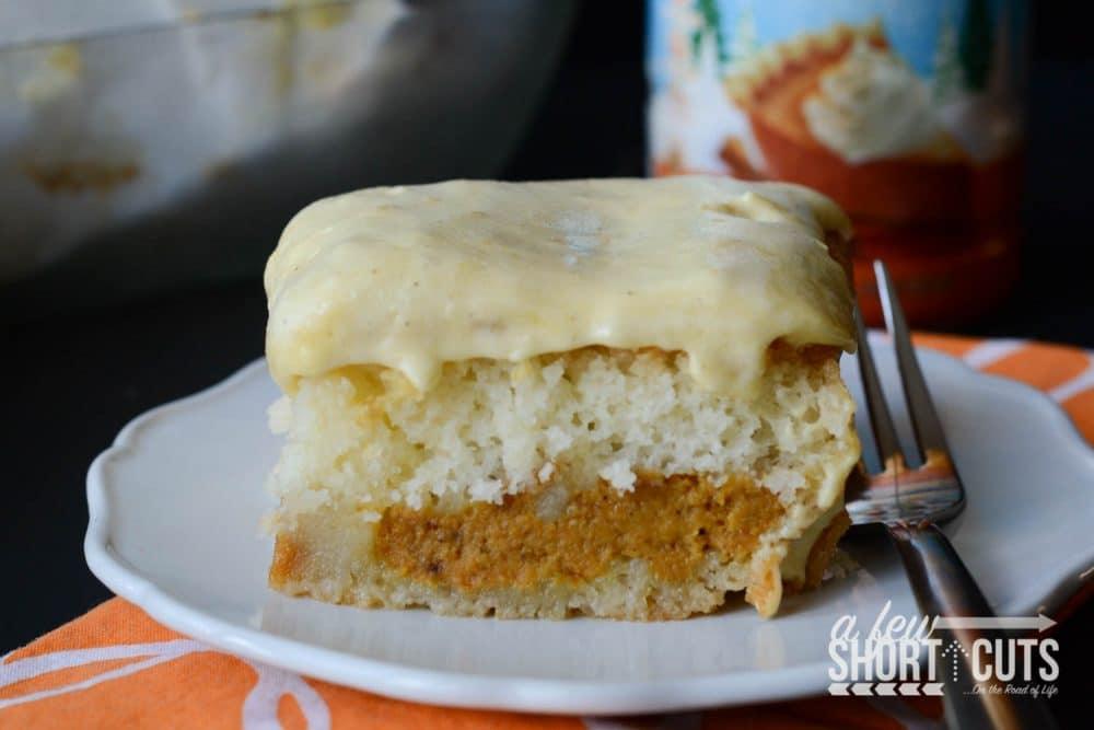 Pumpkin Spice Magic Cake