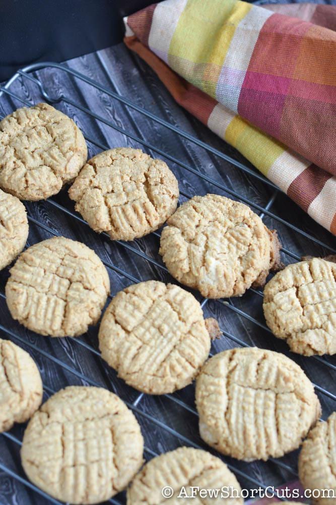 Flourless Peanut Butter Cookies-1