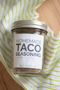 Skip those storebought packets with questionable ingredients and learn how to make Homemade Taco Seasoning with simple everyday spices!| @AFewShortcuts #homemade #recipes #seasoning #spices #taco #glutenfree