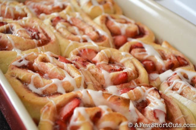 Strawberry Cinnamon Rolls-14
