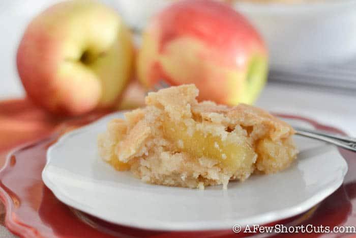 Easy Apple Pie Snickerdoodle Bars-6