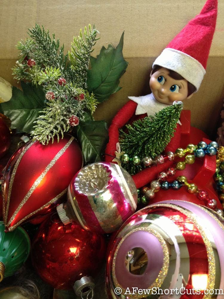 Elf on the Shelf-1-11