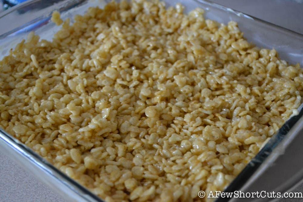 Pumpkin Rice Krispie Treats-1