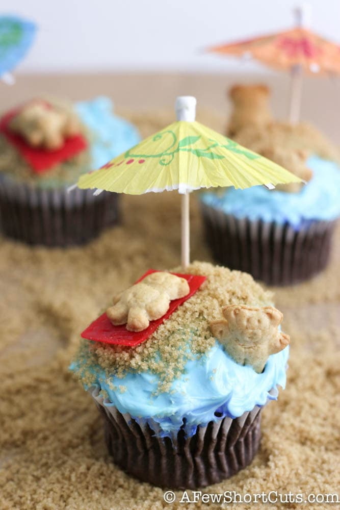 Such a fun way to celebrate Summer with the kids. Try this Beach Bum Cupcakes Recipe