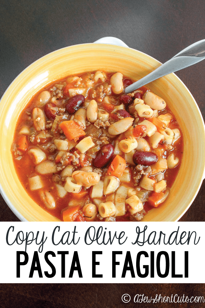 Save the budget and warm up with this Copy Cat Olive Garden Pasta e Fagioli