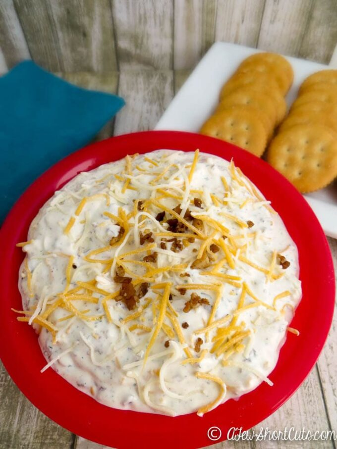 A super tasty appetizer recipe that you can make ahead. Try this Cheesy Bacon Ranch Dip.