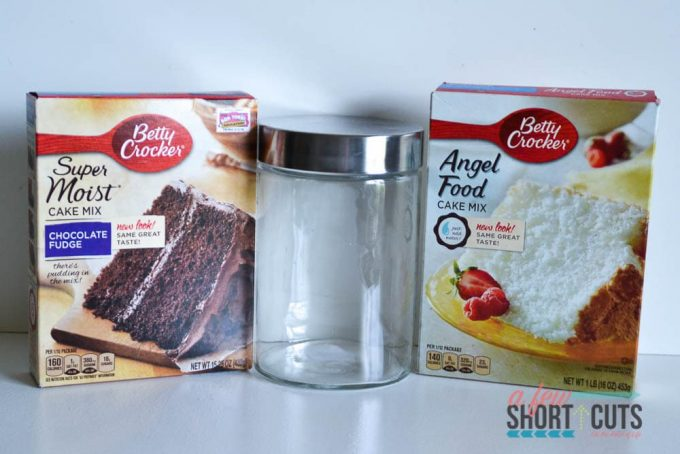 You need to make this Chocolate Mug Cake Mix Recipe to have on hand in case of emergency plus get the Free Printable Labels too! Such a great homemade gift idea too!