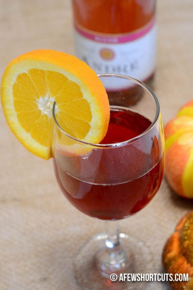 Pomegranate mimosas fall brunch tips a few shortcuts for How many mimosas per bottle of champagne