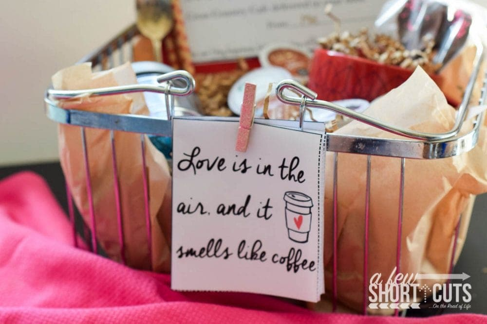 Give your Valentine something they will LOVE! K-Cup Valentine Gift Basket Idea with FREE Printable Cards!