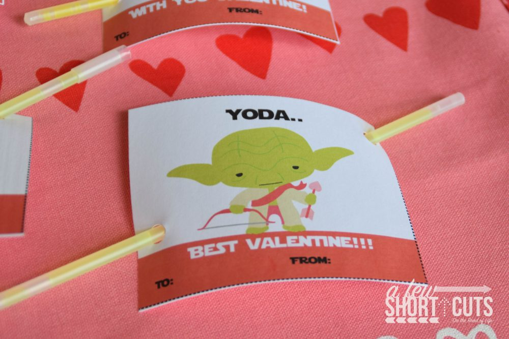 Print your kids Valentines Cards this year. Download these free Printable Star Wars Valentines Cards and have the most adorable cards in class! Also includes a cute non-candy treat idea.