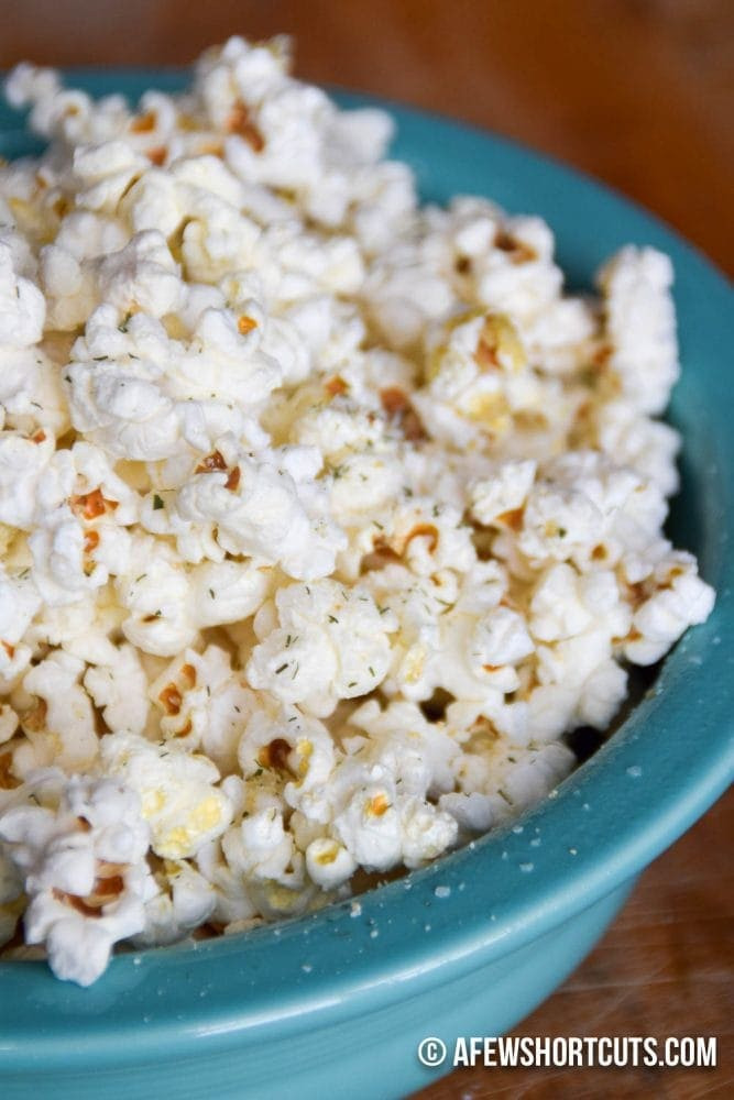 Ranch popcorn in blue bowl