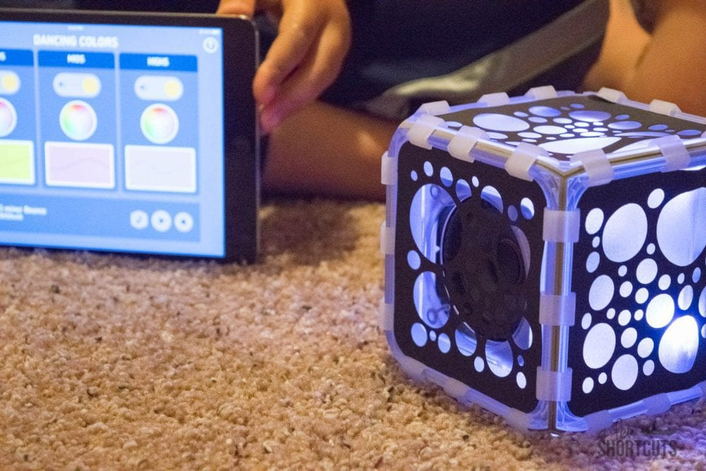 What is BOSEbuild? Exploring how speakers work! Toy Review