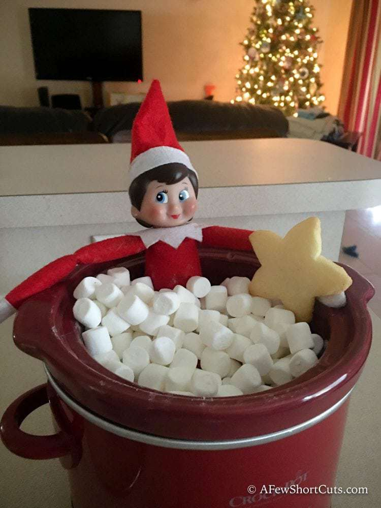 Elf on the Shelf Idea- Marshmallow Hot Tub