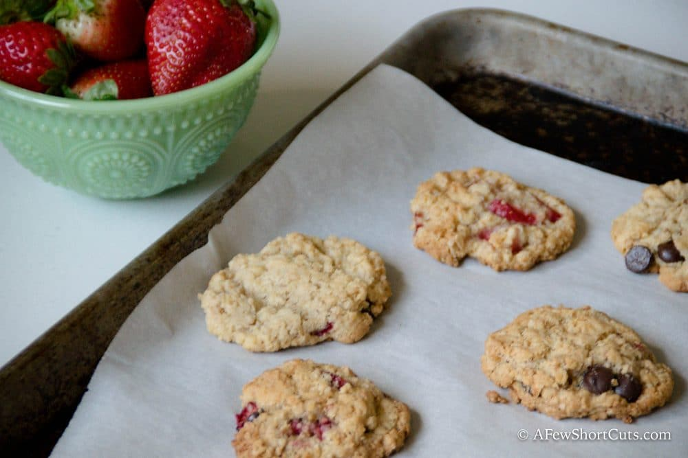 Strawberry Chocolate Chip Breakfast Cookies