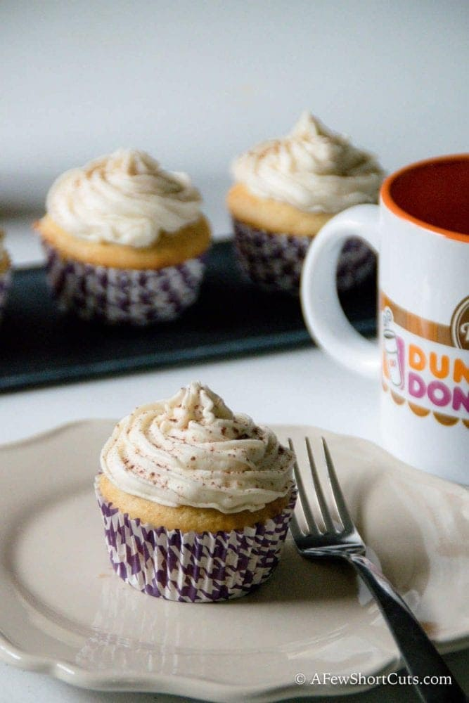 What is better than a cupcake flavored cup of coffee? How about coffee flavored cupcakes!? Check out this yummy Vanilla Latte Cupcake Recipe with Coffee Buttercream!