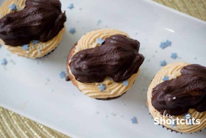 Accio Cupcakes! These Harry Potter Inspired Chocolate Frog Cupcakes will hop off the plate! Bring a little magic to your party or movie night!