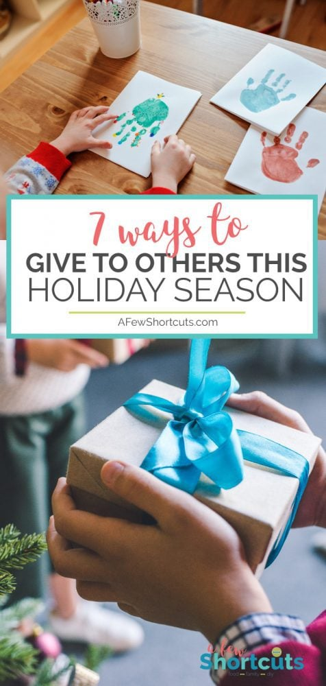 Christmas is about giving! Spread holiday cheer with these 7 Ways to Give to Others this Holiday Season! No gesture is too small!