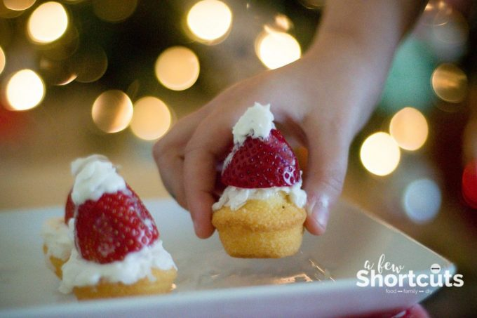 Make snack time fun this holiday season with this simple Santa Hat Shortcake Little Bites Snack that the kids will love to eat and make!