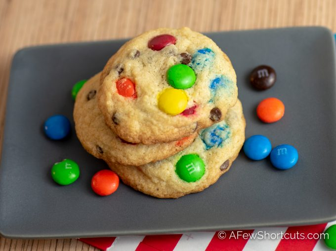Craving a warm, chewy, chocolatey cookie! You need The Best Chocolate Chip M&M Cookies Recipe! Easy to make and it's truly the best!