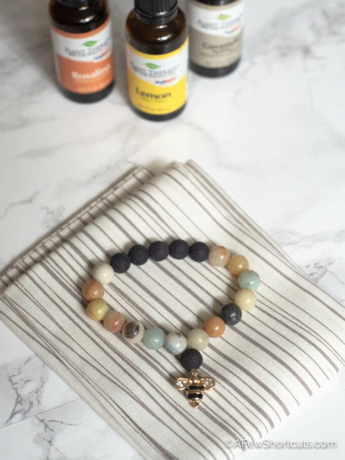 Diffuser bracelet with essential oils