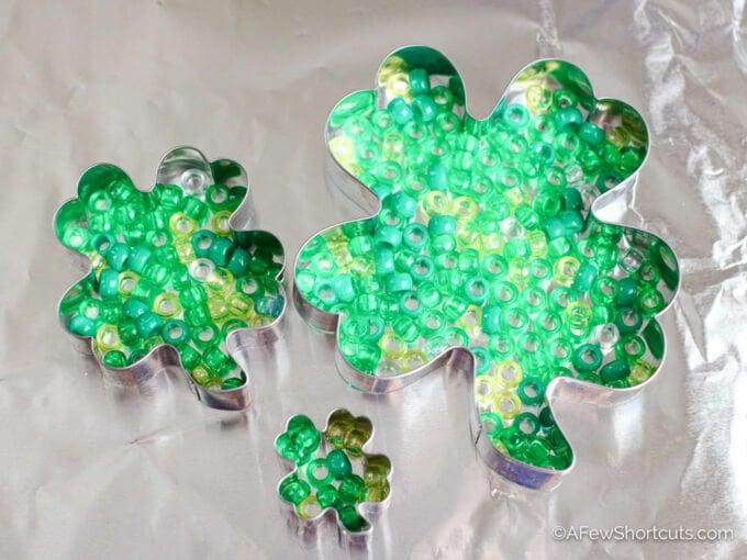 Beads in mold on aluminum
